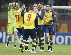 Vùi dập Galatasaray, Arsenal vẫn ngậm ngùi về nhì