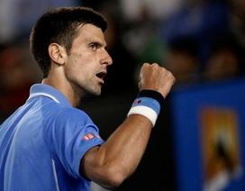"""Djokovic """"trả hận"""" Wawrinka, đối đầu với Murray ở chung kết"""