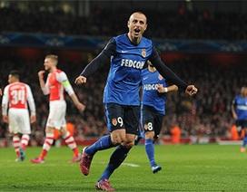 Arsenal thua tan tác trước Monaco