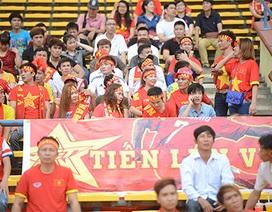 Cổ động viên tiếp tục tiếp sức cho U23 Việt Nam