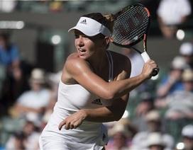 Kvitova thắng chớp nhoáng, Halep thành khán giả