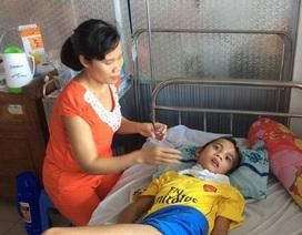 Bị chấn thương sọ não sau tai nạn giao thông, bé 12 tuổi nằm chờ chết
