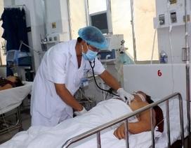 Bác sĩ trắng đêm cùng bệnh nhân cấp cứu