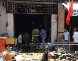 Cháy quán nhậu gần chợ, nhiều tiểu thương hoảng sợ