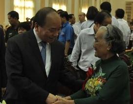 Thủ tướng dự hội nghị biểu dương người có công với cách mạng