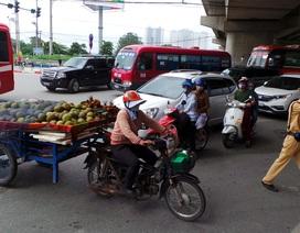 Hà Nội: Thu giữ nhiều xe tự chế chở hàng cồng kềnh