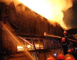 Vụ cháy kho hàng nhiều công ty: Thiệt hại hàng chục tỷ đồng