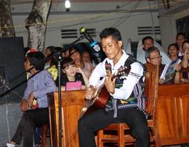 Niềm đam mê Guitar của các thanh niên Châu Mạ