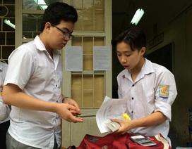 Hà Nội: Đình chỉ thi 3 thí sinh vì mang điện thoại vào phòng thi
