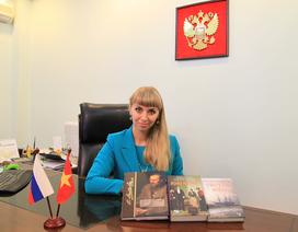 """Giám đốc Trung tâm văn hóa Nga: """"Chúng tôi rất khổ khi tìm phiên dịch"""""""