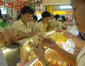 Giá vàng rút ngắn khoảng cách so với thế giới