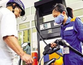 """Xăng dầu nhấp nhổm tăng giá, Bộ Tài chính """"nói không"""""""