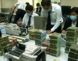 Phí rút tiền ATM nội mạng: Thu 1 đồng, chi 9 đồng?