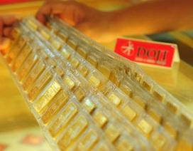 Giá vàng bật tăng mạnh, chênh lệch lại thu hẹp