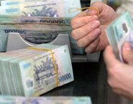"""""""Thừa tiền"""", ngân hàng tiếp tục hạ lãi suất tiền gửi"""