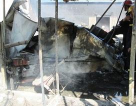 Cháy nhà hàng vua gà tươi, nhiều bình gas được di chuyển gấp