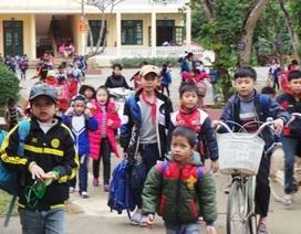 Thương hoàn cảnh các em học sinh mồ côi ngày Tết