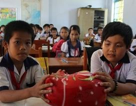 Nuôi heo đất tiếp sức trò nghèo đến trường