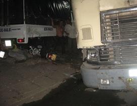 Xe container gây tai nạn liên hoàn, 3 người nguy kịch