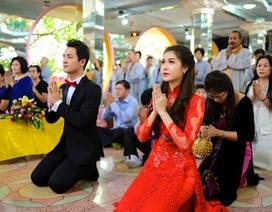 Đăng Khôi, Thủy Anh lên chùa làm lễ cưới lại