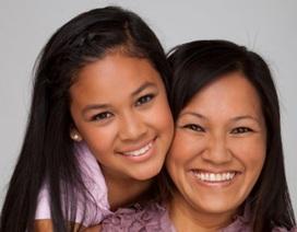 Mẹ dạy con gái cách yêu thương