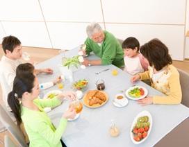 Phụng dưỡng bố mẹ là việc của con trai?