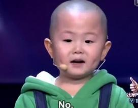 Nức lòng với cậu bé 3 tuổi muốn mọi người hạnh phúc