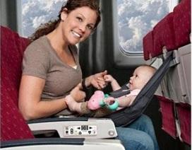 Chuẩn bị chuyến bay an toàn cùng trẻ nhỏ