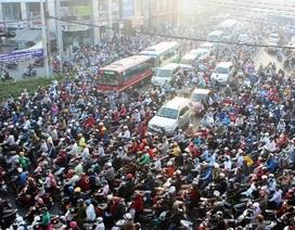 Tái diễn kẹt xe trên xa lộ Hà Nội, Sở GTVT phải chịu trách nhiệm