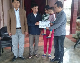 Trao tiếp hơn 31 triệu cho gia đình cháu Quỳnh Anh