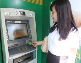 Ngân hàng Phương Đông dành nhiều ưu đãi cho khách hàng dùng thẻ ATM