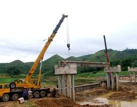 Gấp rút hoàn thành xây dựng cầu Phú Mưa trong 2 tháng nữa