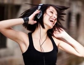 Hơn một tỷ người có nguy cơ tổn hại thính giác vì thích nghe nhạc lớn