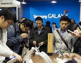 Samsung thuê người xuất hiện tại sự kiện ra mắt Galaxy S6?