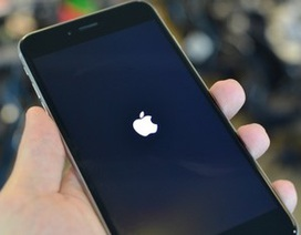 Tin nhắn lạ khiến iPhone tự khởi động