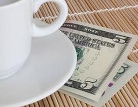 Sốc vì nhận được tiền boa gấp 50 lần giá trị hóa đơn