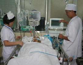Chỉ cấm bác sĩ nhận phong bì trước và trong điều trị
