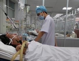 Bơm keo vá mạch máu não cứu thanh niên đột quỵ