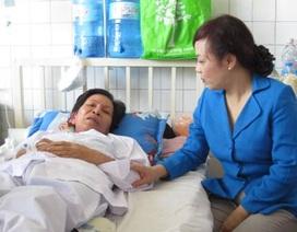 Bộ trưởng Bộ Y tế đến thăm mẹ của thuyền trưởng tàu 4033