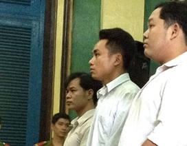 Cảnh sát hình sự hầu tòa vì cưỡng đoạt tiền con bạc