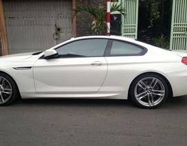 Trộm logo xe ô tô BMW ngay trước trụ sở công an