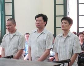 """""""'Trùm giang hồ"""" bị tạt axít giữa trung tâm Sài Gòn"""