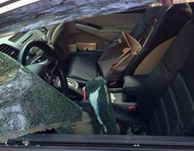 """Tội phạm """"ngoại nhập"""": Tài sản trên xe hơi biến mất trong 20 giây"""
