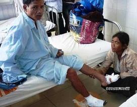 """Sợ cưa chân, bệnh nhân """"hai chân chết khô""""... đòi trốn viện"""