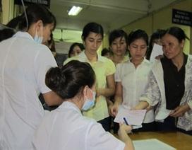 """Bộ trưởng Bộ Y tế: Người bệnh vào viện không phải """"bôi trơn"""""""