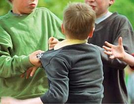 Ảnh hưởng của việc bị bắt nạt có thể kéo dài tới tuổi trưởng thành