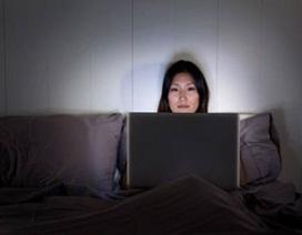 Hai thói quen công nghệ rút kiệt năng lượng của bạn