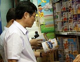 Kiểm tra đột xuất công tác thu hồi sữa nghi nhiễm khuẩn độc