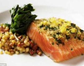 Ăn ức gà hoặc lườn cá hồi mỗi ngày có thể giảm nguy cơ đột quỵ