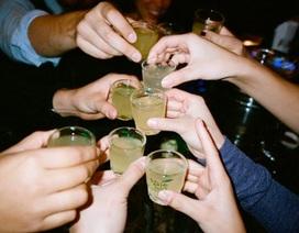Nôn ra máu sau cuộc nhậu, doanh nhân quyết tâm bỏ rượu